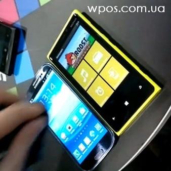 Samsung-Galaxy-S-III-vs-Nokia-Lumia-920-sensor