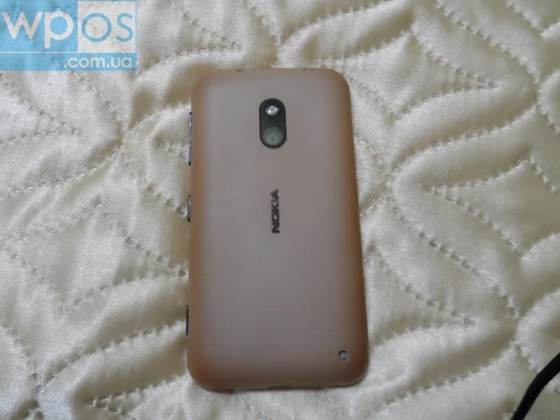 Nokia Lumia 620 белый 1