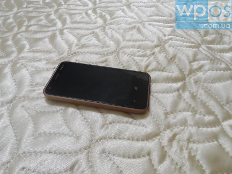 Nokia Lumia 620 белый 2