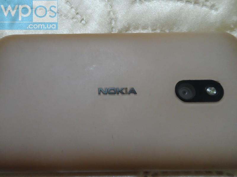 Nokia Lumia 620 белый 5