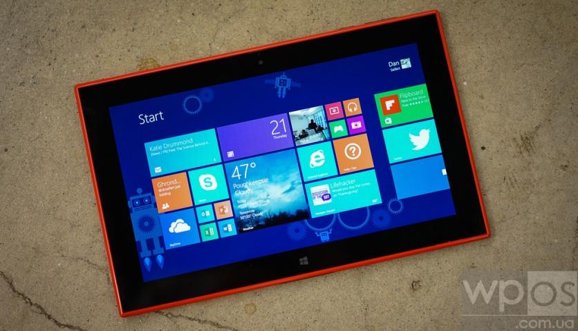 Nokia Lumia 2520 обзор