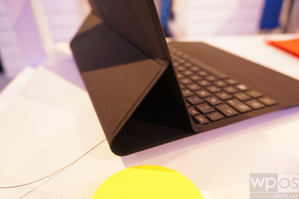 Power Keyboard Nokia для Lumia 2520