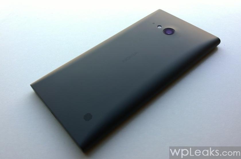 Nokia Lumia 735 obzor 2