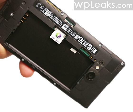 Nokia-Lumia-730-obzor-5