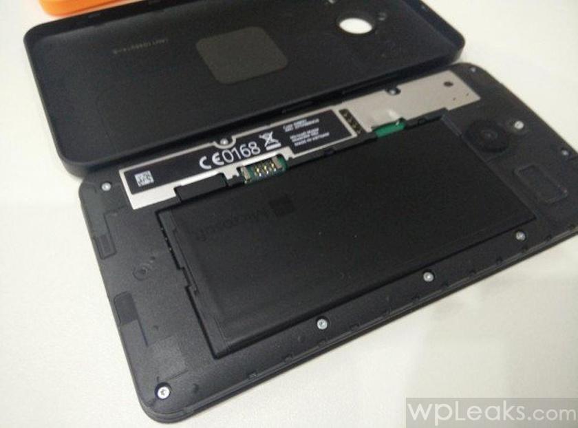 Lumia-640-XL-Wireless-charging