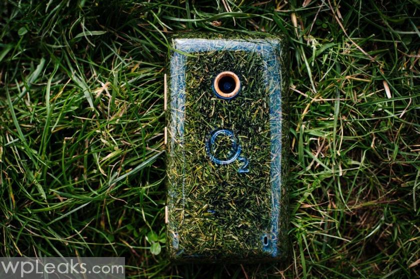 O2_Grass_Phone3