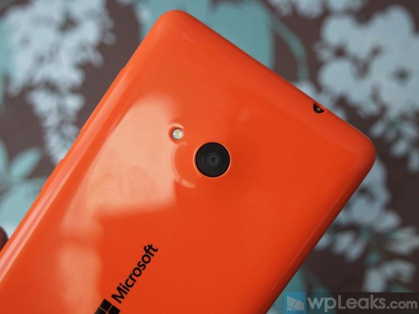 lumia-535-orange-camera
