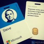 Даже бейджи сотрудников Microsoft сменили с квадра...