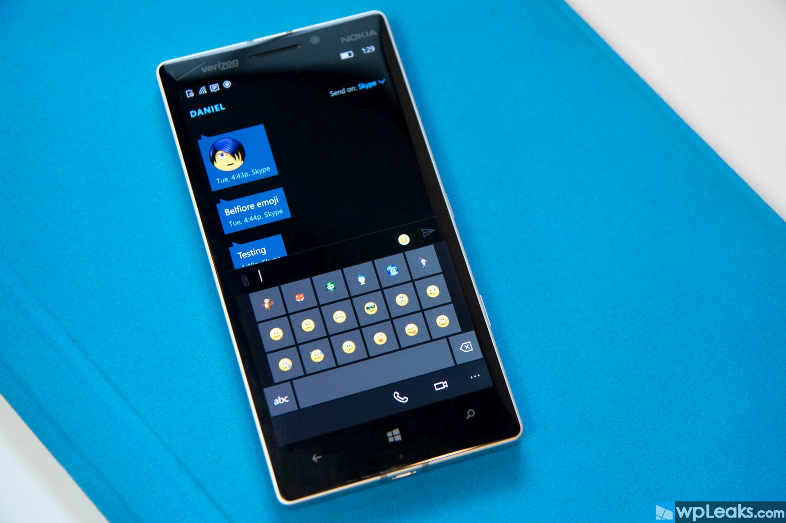 skype-messaging-preview-lumia