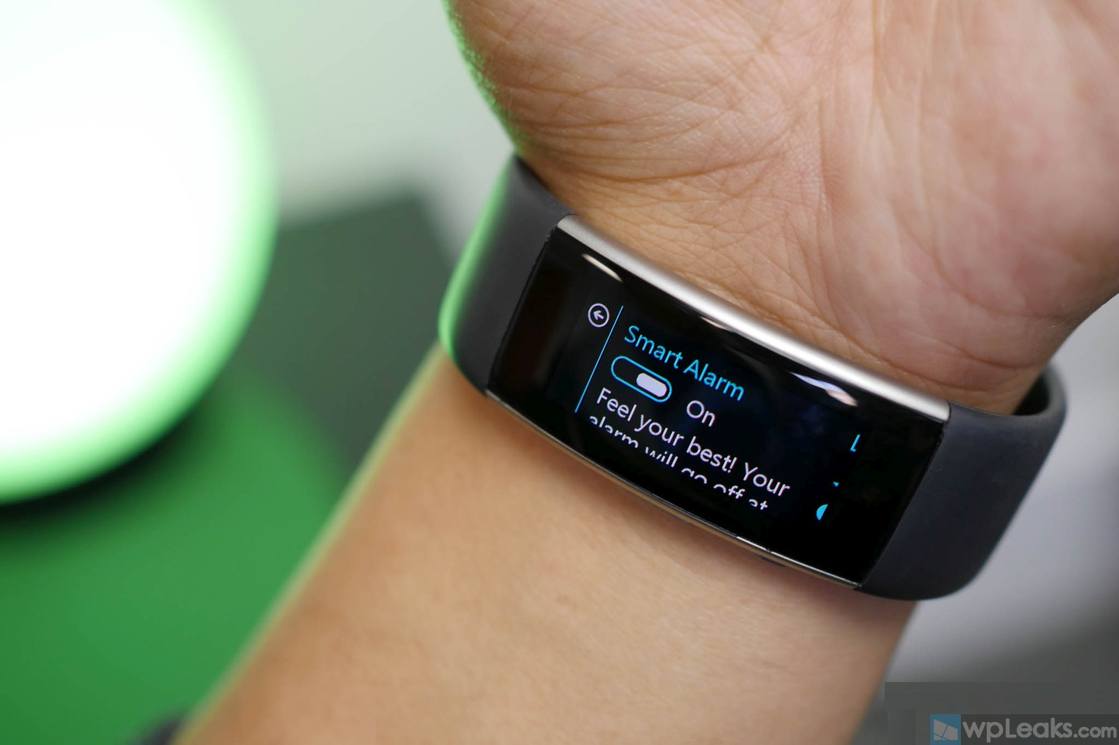 microsoft-band-2-smart-alarm