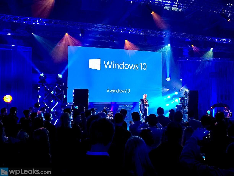 windows-10-party-london