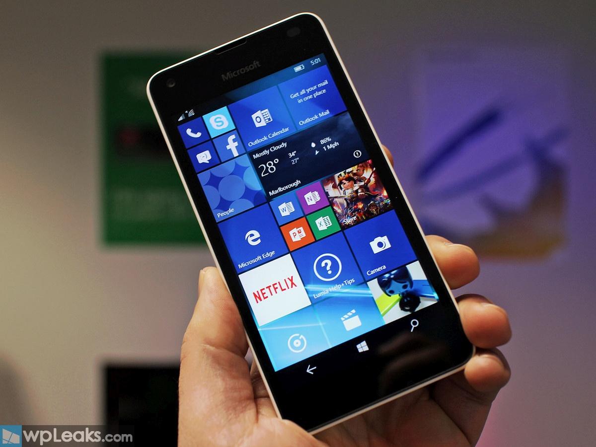 Lumia-550-hero-lead-white