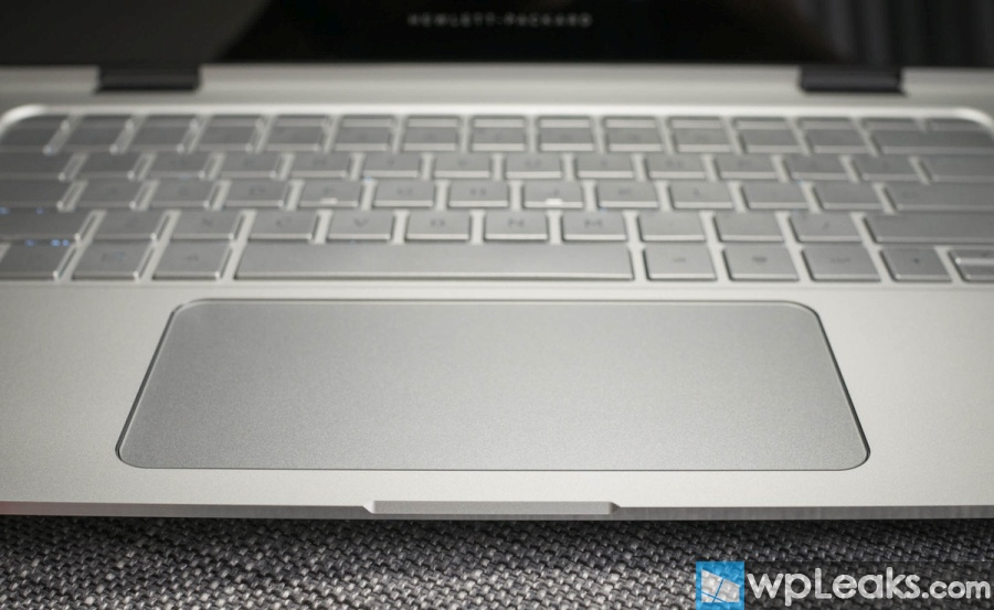 hp-spectre-x360-trackpad