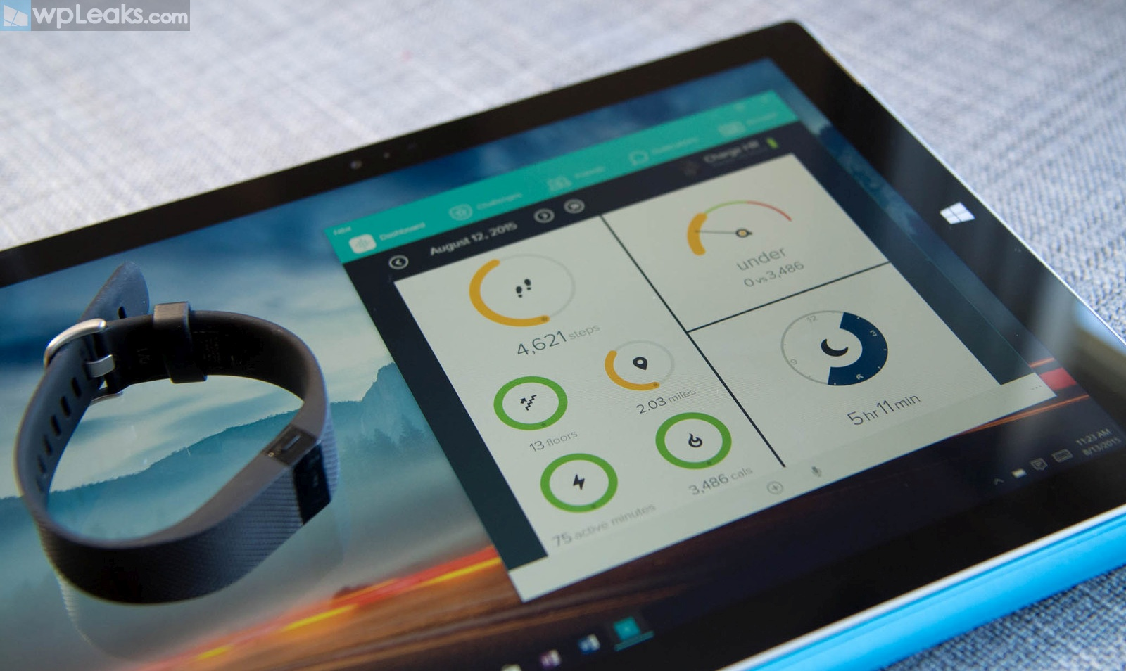 fitbit-windows-10-surface