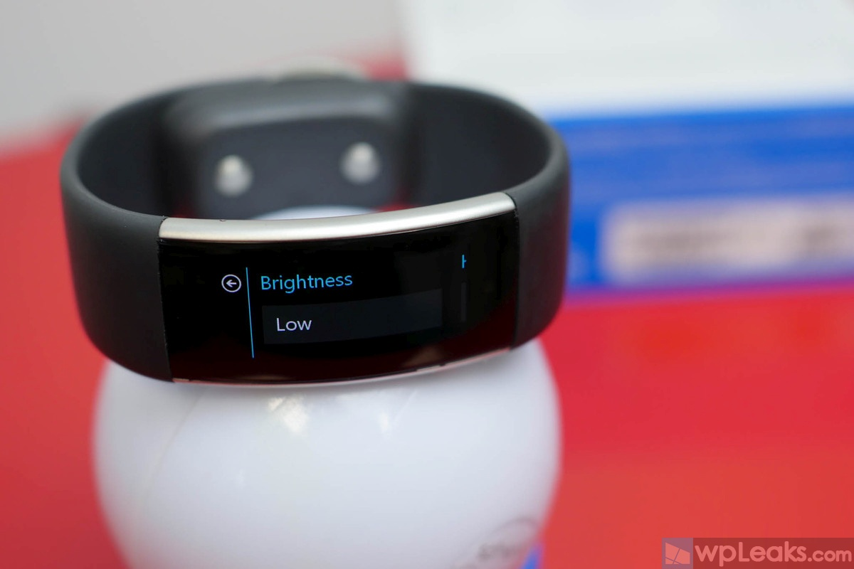 microsoft-band-2-brightness