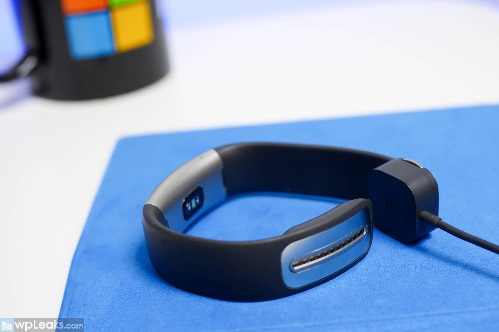 microsoft-band-2-charger