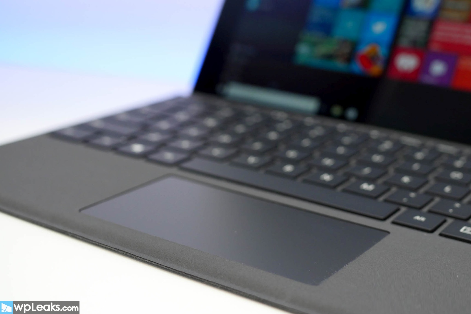 surface-pro-4-type-cover-trackpad